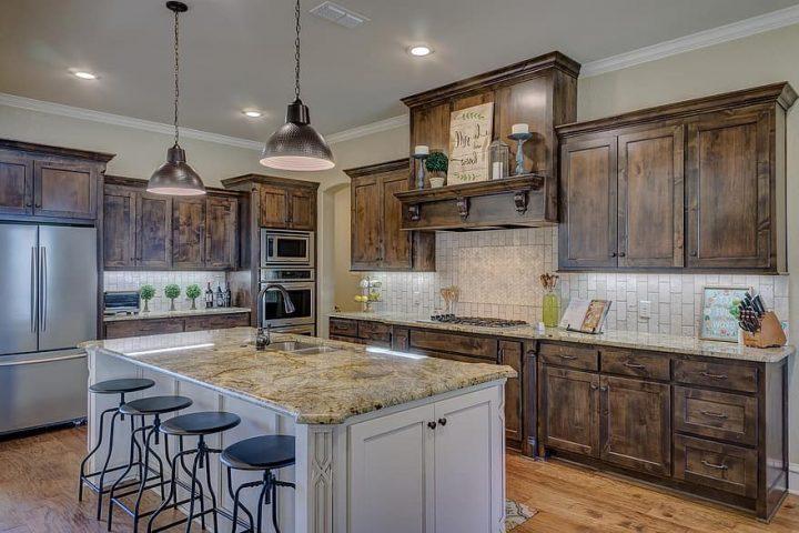 Een nieuwe keuken plaatsen, wat kost dat?